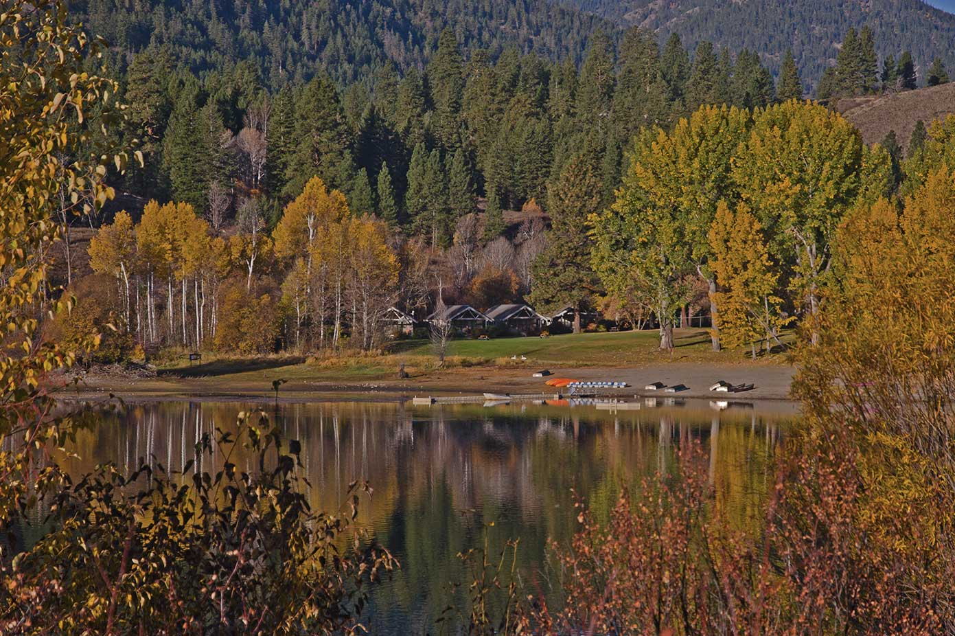 Lake Patterson in fall