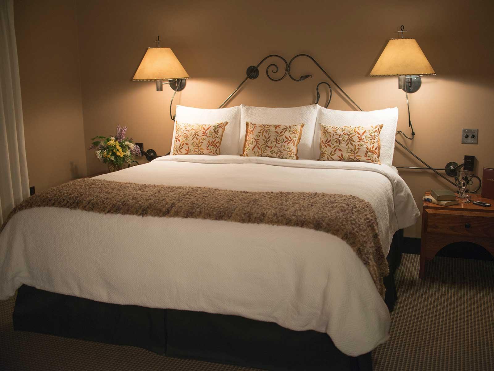 Mt Robinson bedroom
