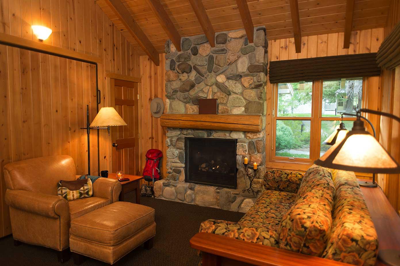 1 bedroom cabin living room