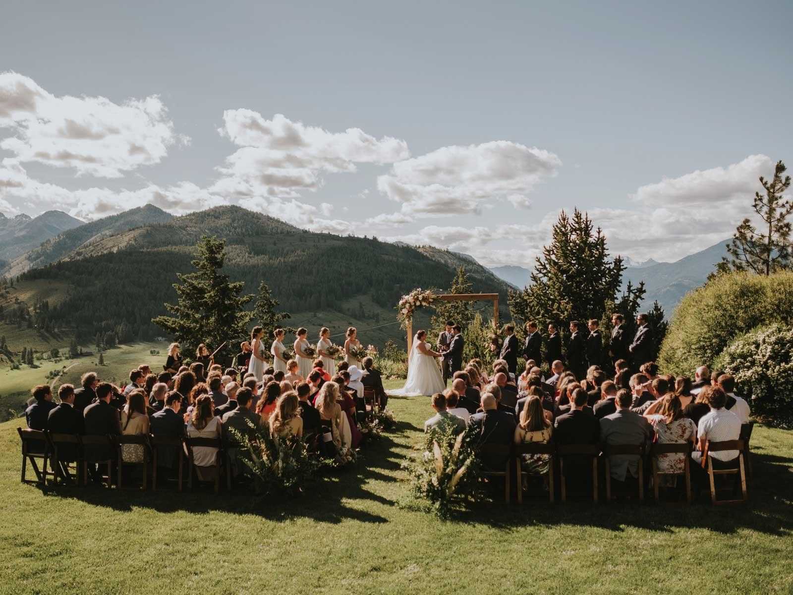 molly neil wedding ceremony bluff