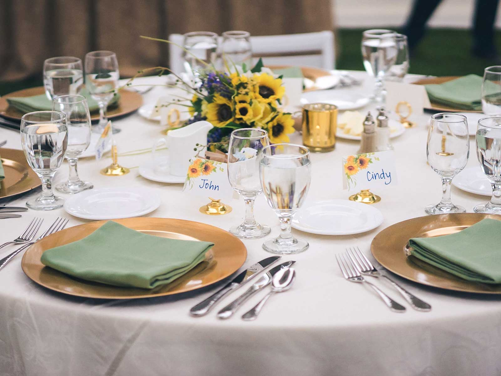 banquet wedding table