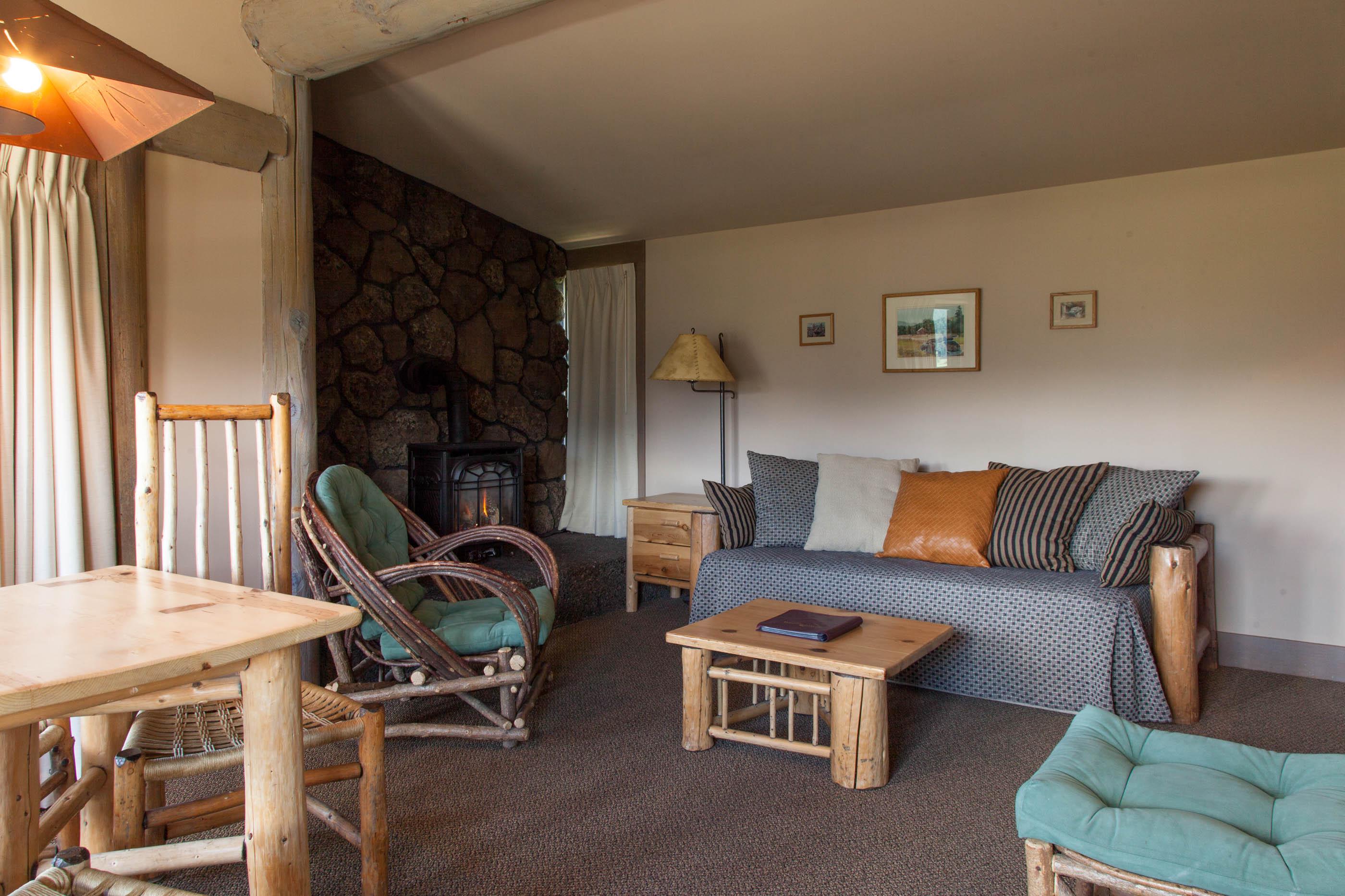 gardner suite sitting area