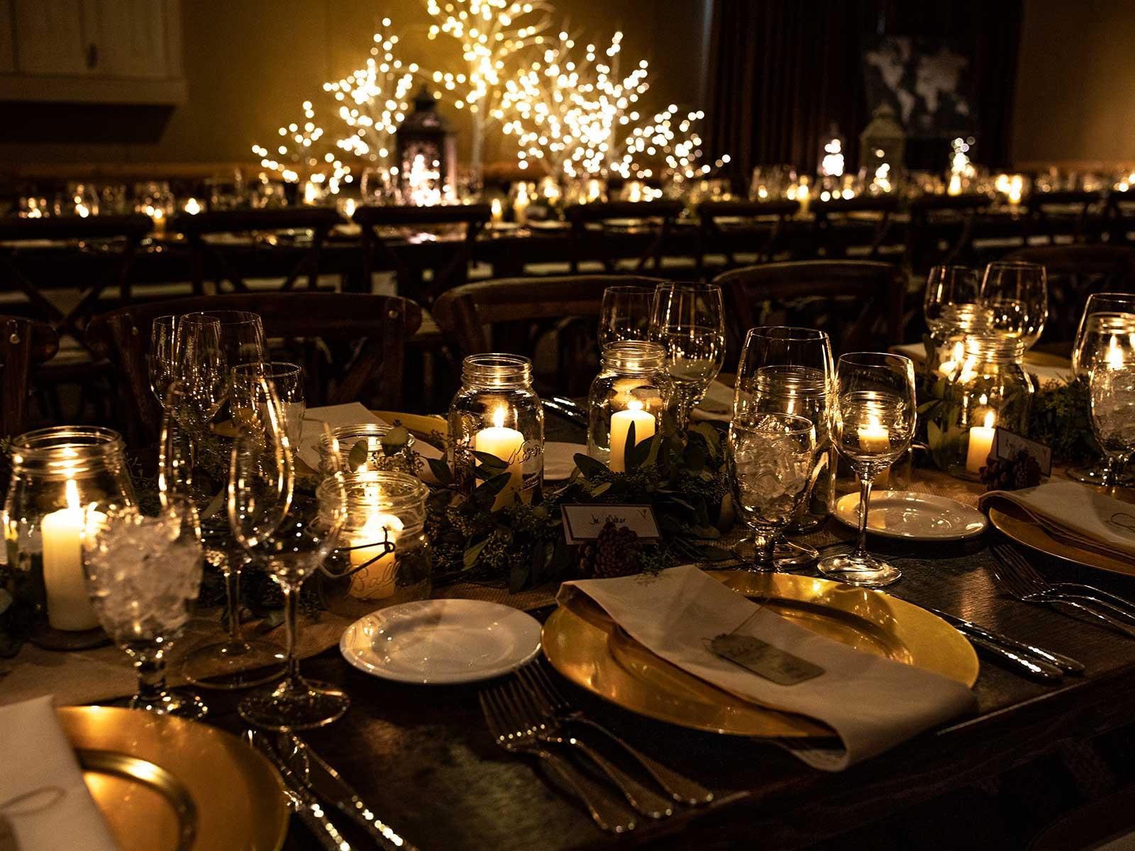 kristen jon wedding table by candlelight