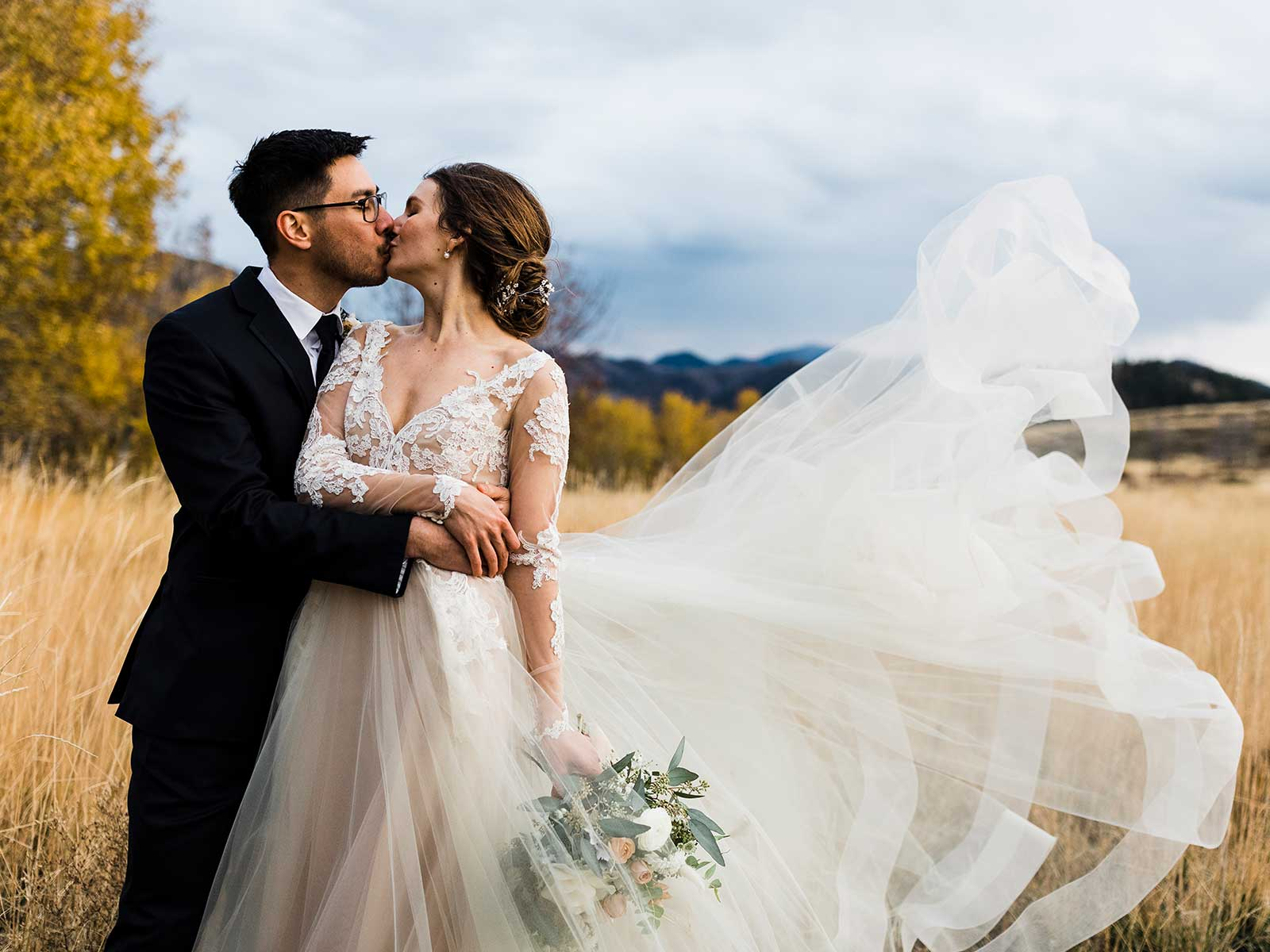 kristen jon wedding fluffy dress