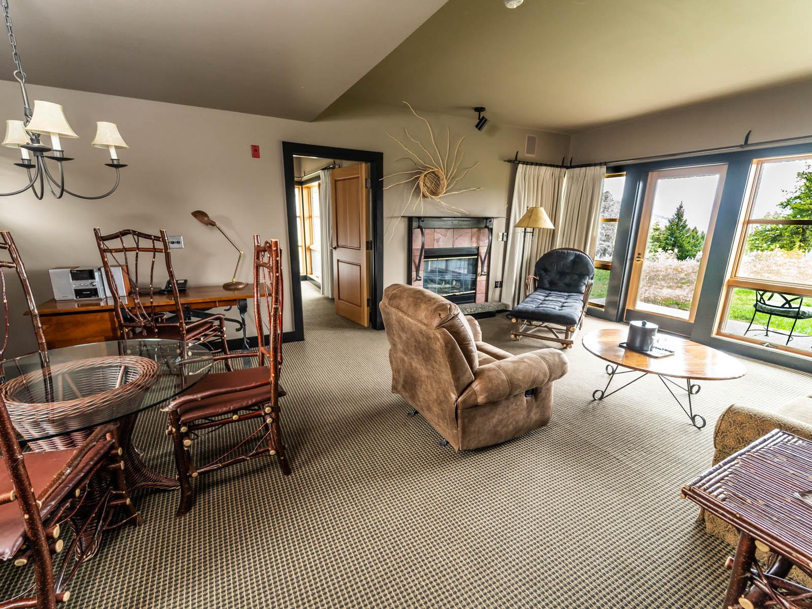 Mt. Robinson suite